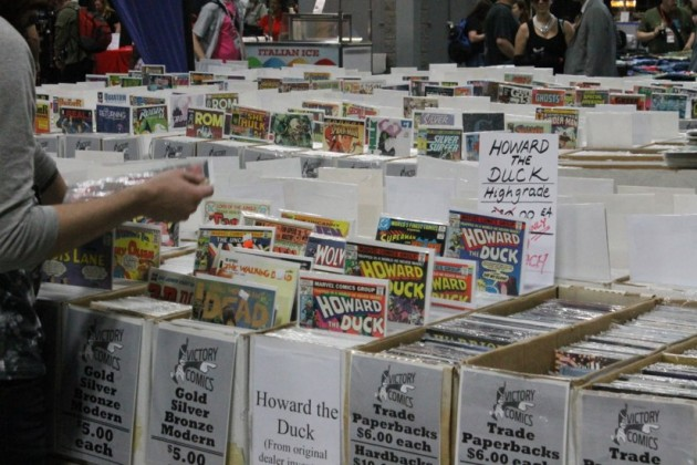 Attendees perused used and new comics