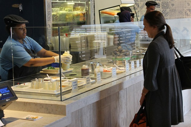 Patrons can order customizable bowls filled with veggies, grains and nuts
