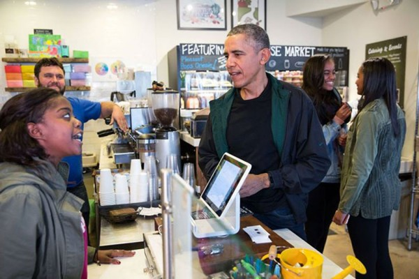 Obamas at Pleasant Pops (Photo via Facebook/The White House)