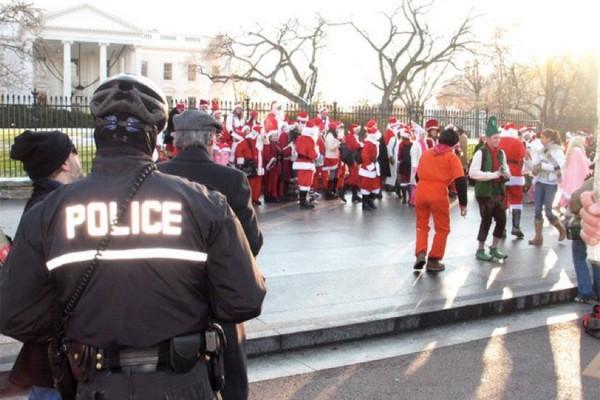 Santarchy (Photo via Facebook/Santarchy Washington DC)