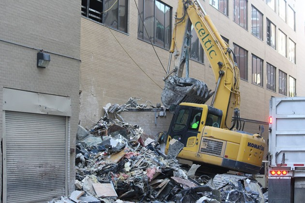 24-hour demolition disturbs the peace, say residents