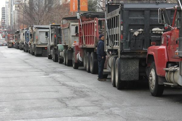 Dupont dump trucks