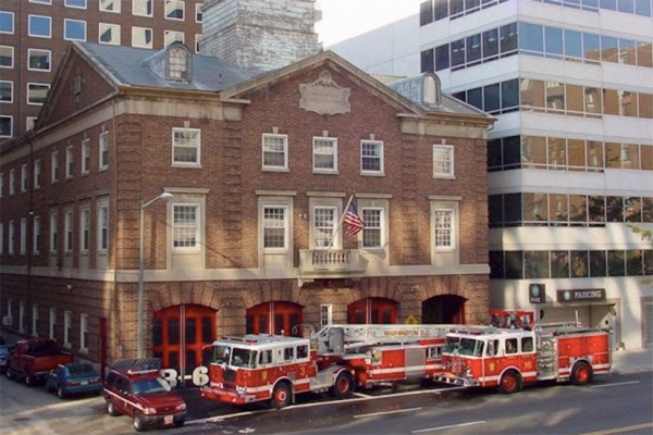 Fire station at 1018 13th St. NW (Photo via ANC 2F)