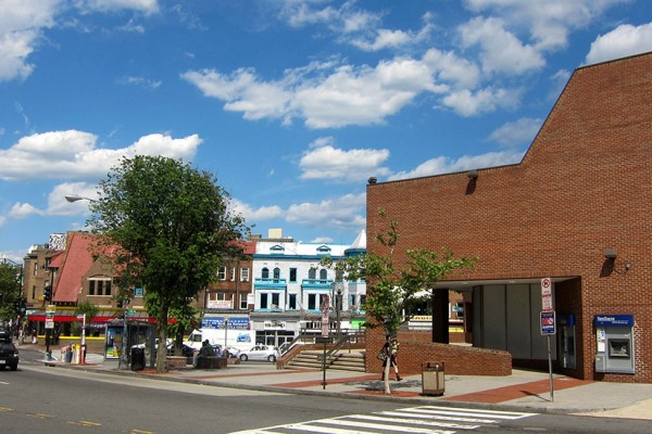 SunTrust plaza (Photo via Wikimedia/AgnosticPreachersKid)