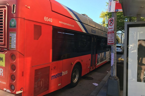 Bus stopping at 1336 14th St NW