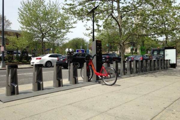 Dupont Circle Capital Bikeshare station (Photo via Twitter/Capital Bikeshare)