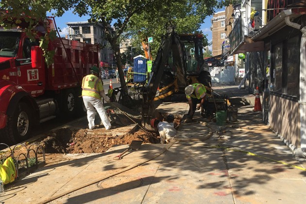Crew working to fix a broken water main on the 1700 block of Columbia Road NW