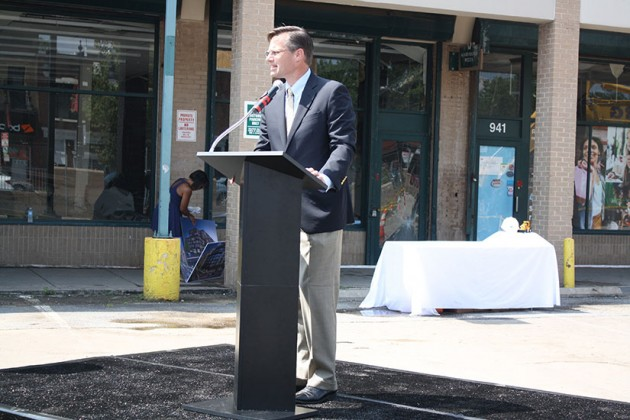 WC Smith senior vice president Brad Fennell welcoming guests to H Street Connection demolition ceremony