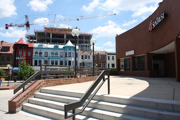 Plaza at 1800 Columbia Road NW