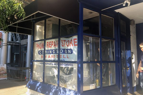 phone-repair-store-coming-to-dupont-sept-2016