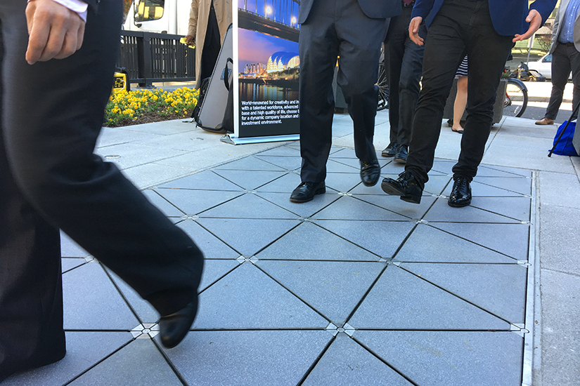 Borderstan Walking On Kinetic Paver Tiles